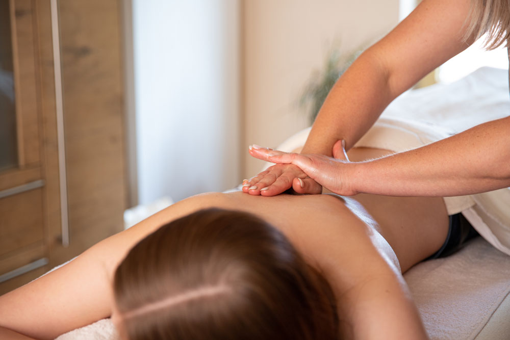 Massage-9866.jpg