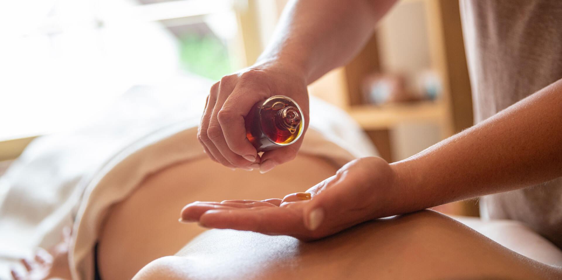 Massage-2573.jpg